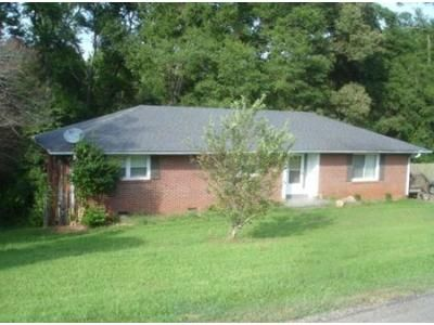 3 Bed 2 Bath Foreclosure Property in Anderson, SC 29625 - Wilson Rd