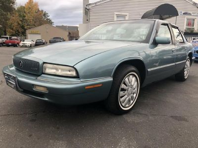 1996 Buick Regal Custom (Green)