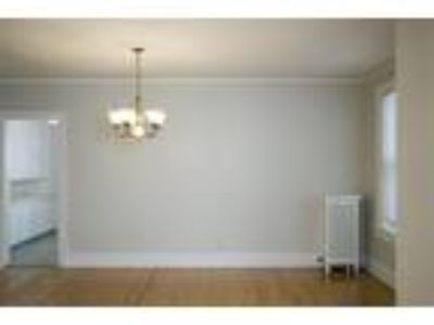 St. Regis - Two BR, One BA - 1100-1199 Sq Ft