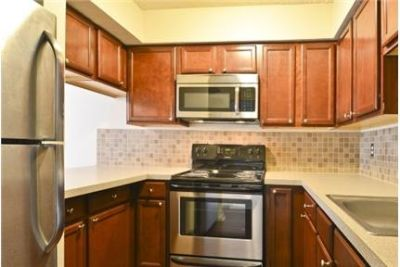 2,288 sq. ft. $1,735/mo, 3 bathrooms - ready to move in. Washer/Dryer Hookups!