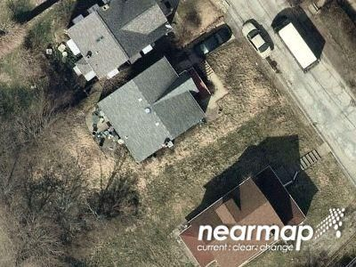 2 Bed 1.0 Bath Preforeclosure Property in West Mifflin, PA 15122 - Inland Ave
