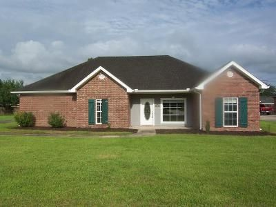 3 Bed 2 Bath Foreclosure Property in Thibodaux, LA 70301 - Donald Dr
