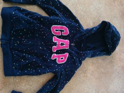 Gap Hoodie 5T. Free with purchase