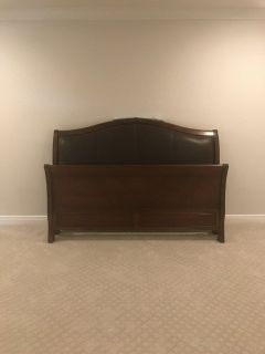 Bassett California King Sleigh Bed w/ 2 Night Stands