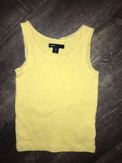 Gap Kids tank tip with lace trim. Like new! Size 4/5, fits on the smaller side.