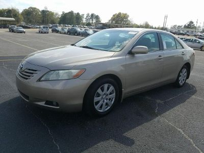 2007 Toyota Camry XLE V6 (Gold)