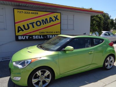 2012 Hyundai Veloster Base (Green)