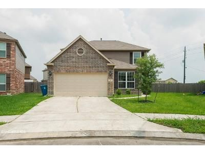 4 Bed 2.5 Bath Foreclosure Property in Houston, TX 77049 - Redbud Point Ln