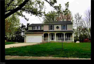 33324 Chatham Dr Avon Lake Four BR, Welcome home to a quality