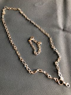 Origami Owl necklace and bracelet