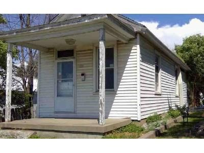 1 Bed 1 Bath Foreclosure Property in Dupo, IL 62239 - N Main St