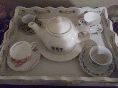 Beautiful Shabby Wooden tray, tea pot by Rae Dunn, and tea cups. So beautiful! All for 50$