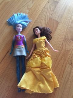Lot of 2 Dolls Belle and Barbie Star Light PPU