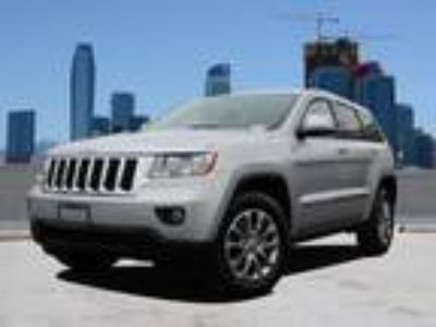 Used 2011 Jeep Grand Cherokee Bright Silver Metallic, 91.7K miles