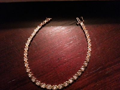 "Estate Sale - 8"" 14K Gold Tennis Bracelet"