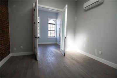 Specious 3 Bedroom 1.5 Bathroom Apartment for Rent