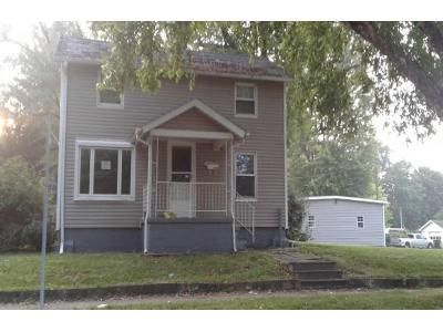 3 Bed 1.0 Bath Preforeclosure Property in Kendallville, IN 46755 - N Riley St