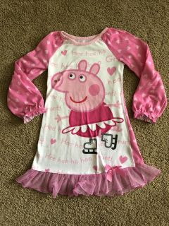 Props Pig 4T Nightgown, good used condition w/pulling from normal wear as seen in pic, $3. Porch pick up only.
