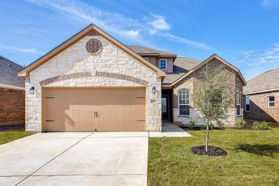 $1,059, 4br, Need More Space for your Family 4 bed2.5 bath ONLY $1059 NO Deposit