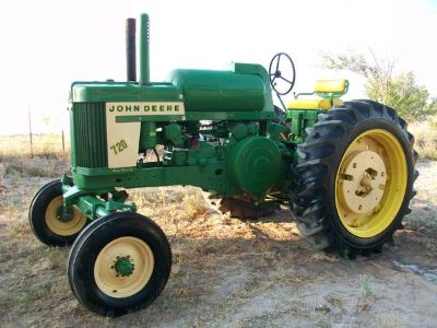 Antique Tractor and Farm Equipment (Big Spring)