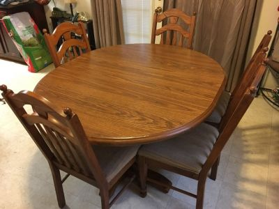 Dining Table & Chairs- Built when wood was solid wood! Heavy and Solid. With 2 leaves.