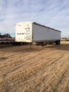 1999 Wilson Hopper Trailer for sale in Vlysses, Kansas.