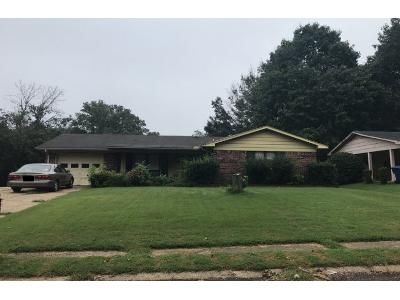 3 Bed Preforeclosure Property in Horn Lake, MS 38637 - Cherokee Dr