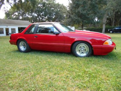 87 MUSTANG COUPE ROLLING CHASSIS
