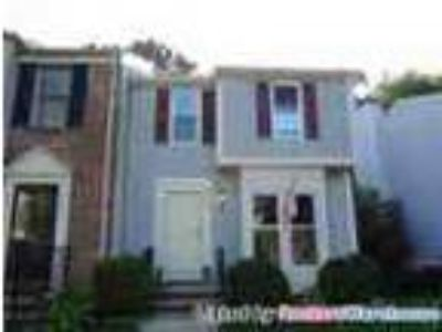 3 Bed2 Five BA Townhouse In Laurel Countryside