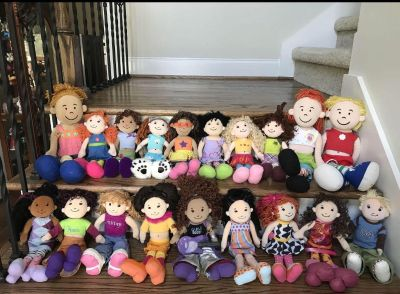 LIKE NEW: Lot of 19 Groovy Girls, Horse, Clothes + Accessories