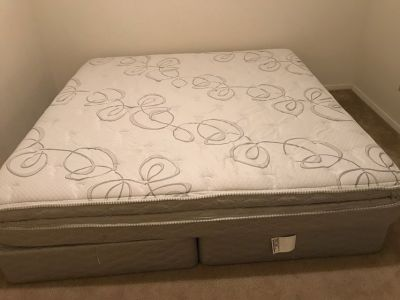 1 year old King a Size Mattress, 2 twin box springs and mattress cover