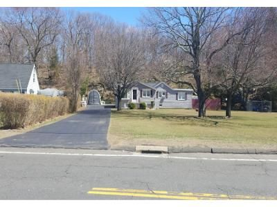 3 Bed 2 Bath Preforeclosure Property in Wolcott, CT 06716 - East St