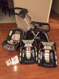 Chicco KeyFit30 Car Seat, Caddy, and Extra Base