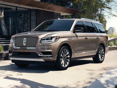 2019 Lincoln Navigator Reserve (White Platinum)