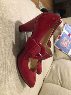 Red Chinese Laundry heels 6