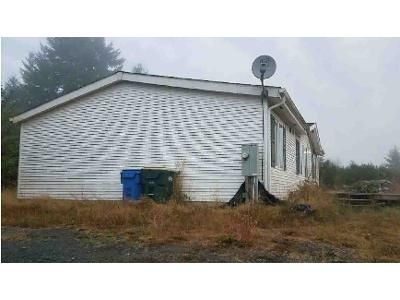 3 Bed 2 Bath Foreclosure Property in Winlock, WA 98596 - Deer Haven Dr