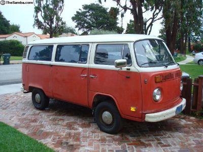1973 VW Bus - Calif. Garage Find