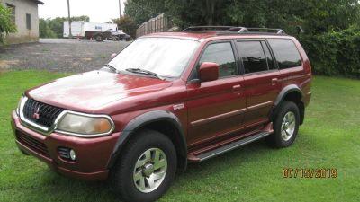 2000 Mitsubishi Montero Sport Limited (RED)