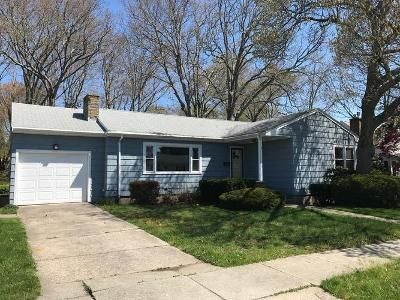 3 Bed 1 Bath Foreclosure Property in New Bedford, MA 02745 - Armsby St
