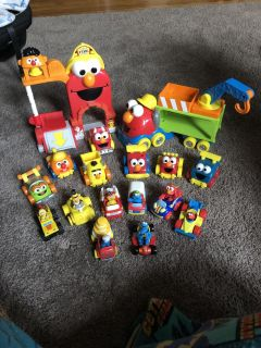 Sesame Street Fire Department, Elmo Tow Truck & Lots of Cars