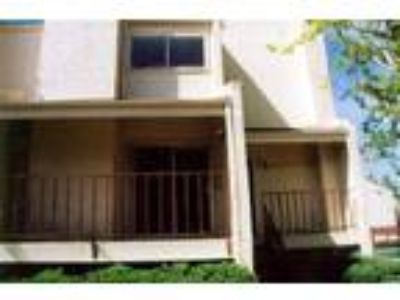 Denver - Short Term Furnished Rental Near Cherry Creek Mall - Condo