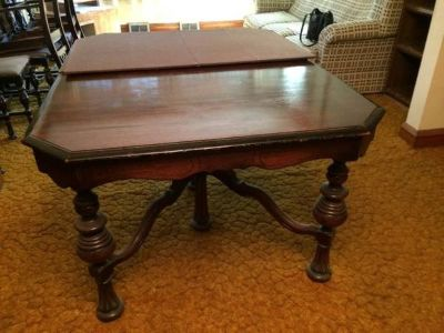Reduced ... Vintage Table and 6 Chairs Just in Time For the HOLIDAYS