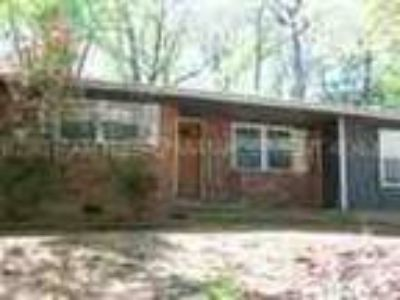 S Dekalb Five BR Brick Ranch Home 1749 Meadowglade