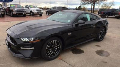 2018 Ford Mustang GT Premium Fastback (Shadow Black)
