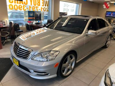 2010 Mercedes-Benz S-Class S550 4MATIC (Iridium Silver Metallic)