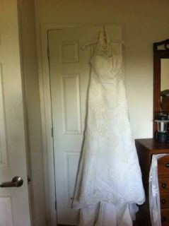 Wedding Gown, Daivds Bridal size 6