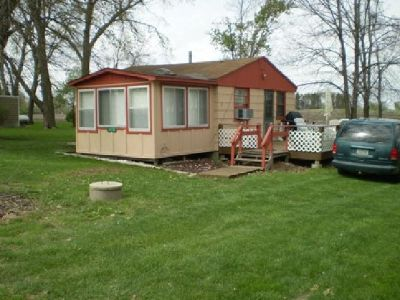 $25,000 Summer cabin w/ Lakeview
