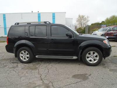 2012 Nissan Pathfinder S (Black)