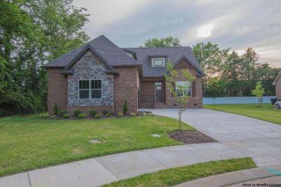 Home for Sale in Murfreesboro, TN (4bd 3ba)