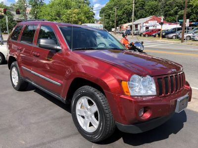 2007 Jeep Grand Cherokee Laredo (Red Rock Crystal Pearl)